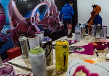Історія успіху: учасник «Срібного мольберта» розбавляє живописні будні вихідними з графіті