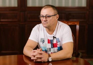 Константин Кожемяка: «Серебряный мольберт» как инициатива в мире искусства на сегодняшний день является одной из самых серьёзных и масштабных»